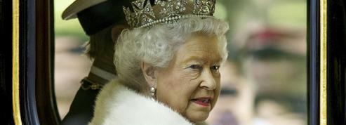 Comment Elizabeth II a réinventé la monarchie britannique