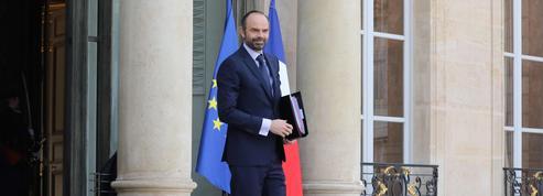 Édouard Philippe promet «la désocialisation» des heures supplémentaires et massacre le français
