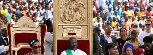 Le président libérien George Weah vient chercher l'aide de la France