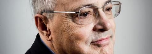 Jean-Christian Petitfils : «La vertu de l'histoire de France est de montrer que notre pays a connu pire»