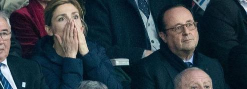 Julie Gayet très démonstrative pendant le match de rugby France-Angleterre
