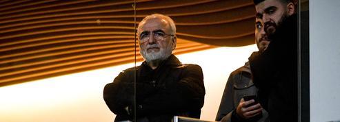 Le président du PAOK Salonique s'excuse pour son irruption armée sur le terrain