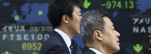 Au Japon, très exposé aux exportations vers la Chine, la Bourse de Tokyo dévisse