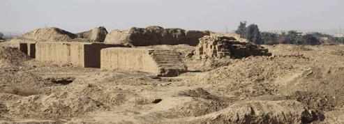 En Syrie, l'antique temple de Mari ravagé par l'État Islamique