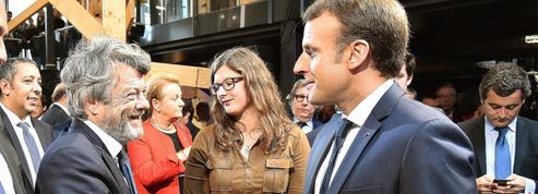 Borloo vole au secours de Macron sur les banlieues