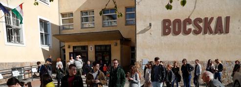 Législatives en Hongrie: à Budapest, « l'espoir d'un changement » flotte dans l'air