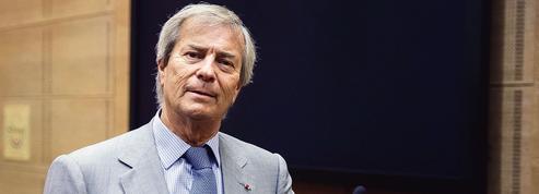 Vincent Bolloré lâche les rênes de Canal+