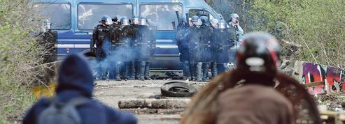 À Notre-Dame-des-Landes, gendarmes et zadistes sur le qui-vive
