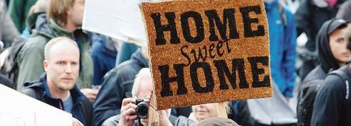 À Berlin, les habitants manifestent contre les loyers trop chers