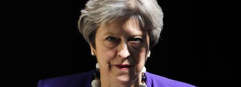 Theresa May s'excuse auprès de Britanniques venus des Caraïbes
