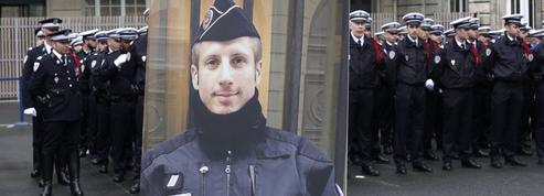 Un an après la mort de Xavier Jugelé, la «menace» plane toujours sur les policiers