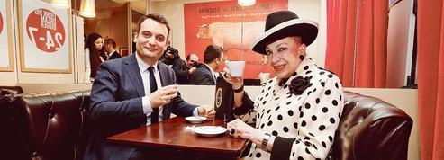 La conférence de presse surréaliste de Florian Philippot et Geneviève de Fontenay