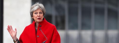 Theresa May sous pression pour rester dans une union douanière avec l'UE