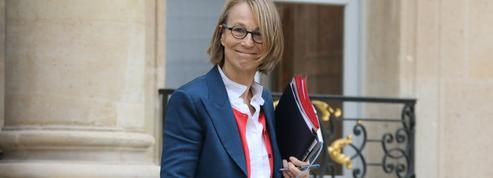 Affaiblie, Françoise Nyssen veut s'attaquer aux «conservatismes» des «petits cercles parisiens»
