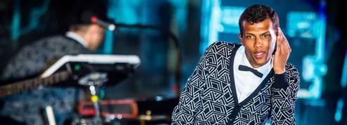 Stromae signe enfin son retour à la musique avec le clip Défiler