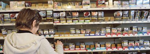 La guerre des prix n'empêche pas la forte chute des ventes de cigarettes