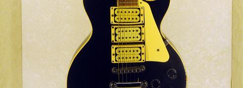 Après une série de fausses notes, Gibson est renvoyé dans ses six cordes