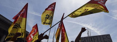 Siège de LaREM investi par des cheminots:Castaner va porter plainte