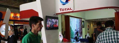 Nucléaire iranien: les entreprises françaises suspendues à la réponse européenne