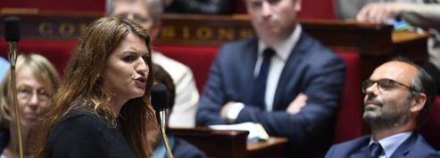 Violences sexuelles sur mineurs : l'Assemblée vote de justesse le controversé article 2
