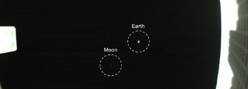 Un microsatellite parti vers Mars prend une photo du couple Terre-Lune