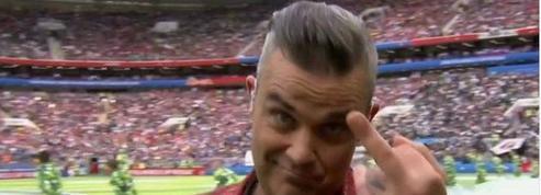 Coupe du monde 2018 : Robbie Williams fait un doigt d'honneur pendant la cérémonie d'ouverture