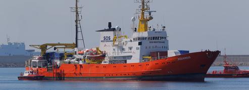 Goldnadel : «Quelles motivations poursuivent vraiment les ONG de sauvetage des migrants ?»