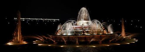 En immersion à Versailles pour le retour des Grandes eaux nocturnes