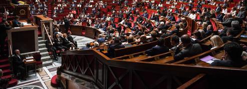 Réforme constitutionnelle : ce que prévoit l'exécutif, ce que proposent les députés