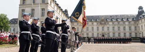 Au lycée militaire de Saint-Cyr, rigueur et patriotisme au service de l'excellence