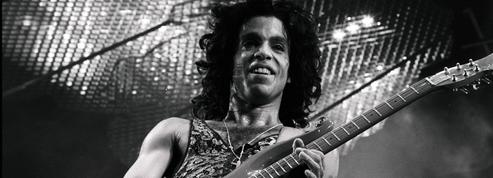 Trente-cinq albums de Prince ressortiront chez Sony