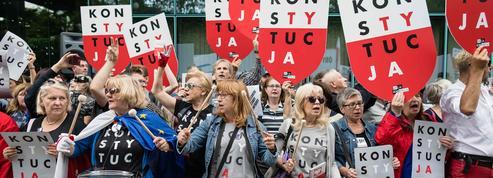 Pologne: la Cour suprême défie l'exécutif