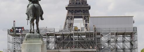 Au pied de la Tour Eiffel, le projet qui ulcère des riverains