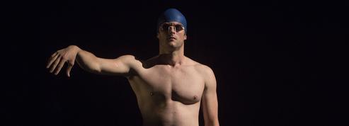 Le off d'Avignon: dans sa piscine, Maxime Taffanel se prépare à la compétition