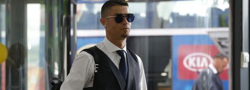 Offusqués par le transfert de Ronaldo à la Juventus, les ouvriers de Fiat font grève