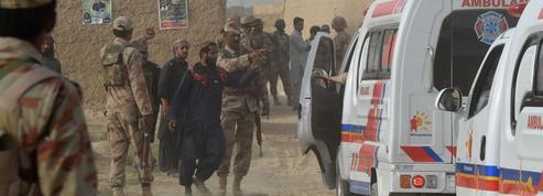 Pakistan : un attentat suicide fait 128 morts et des centaines de blessés
