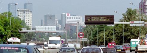 Paris: face à la pollution, le stationnement résidentiel est gratuit ce lundi