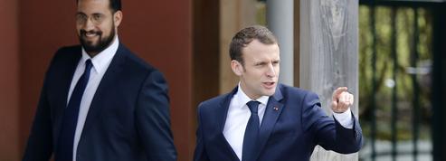 Macron devant la majorité : l'opposition critique une explication «dans l'entre-soi»