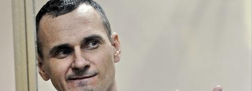 Mobilisation à Paris en faveur du cinéaste ukrainien Oleg Sentsov, en grève de la faim