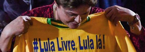 Brésil : de sa prison, Lula lance sa candidature présidentielle