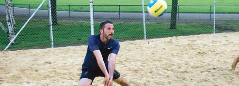 Matthieu Orphelin, accro au beach-volley