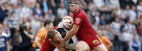 Un micro embarqué sur un joueur de rugby à XIII pendant un match