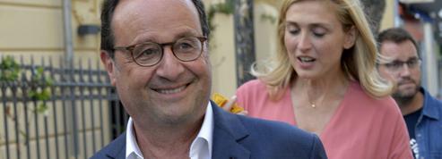 A Cassis, la carte postale estivale de François Hollande