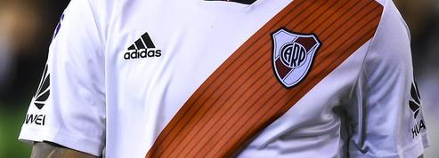 Sans sponsor principal, le maillot de River Plate bat des records de vente