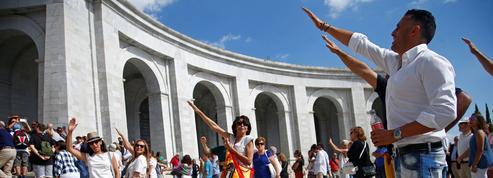 Pourquoi l'Espagne se déchire-t-elle autour de la dépouille de Franco ?