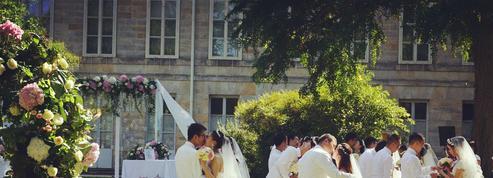 Trente couples chinois se sont mariés au château de Fontainebleau