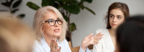 Les femmes accèdent peu aux postes de direction