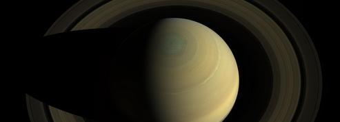 Le mystérieux hexagone de Saturne en cachait un autre
