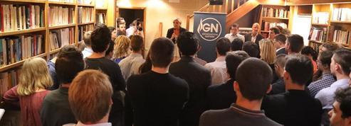Devant les jeunes RN, Marine Le Pen lance la campagne des… municipales