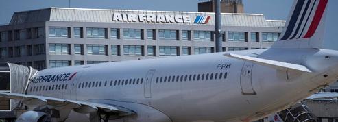 Chez Air France, 99 pilotes gagnent plus de 300.000 euros par an